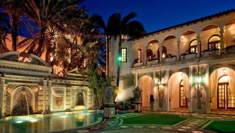versace mansion Versace Mansion Get Inspired with Gianni Versace Mansion in Miami Get Inspired by Gianni Versaces Mansion in Miami 13