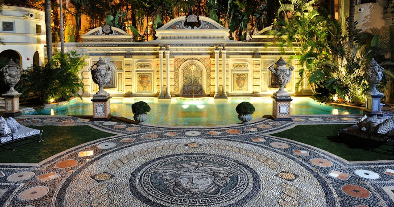 versace mansion Versace Mansion Get Inspired with Gianni Versace Mansion in Miami Get Inspired by Gianni Versaces Mansion in Miami 14
