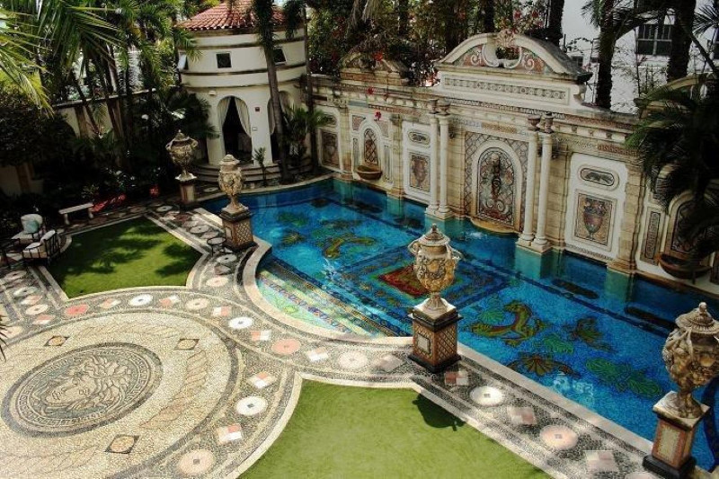 Versace Mansion Get Inspired with Gianni Versace Mansion in Miami Get Inspired by Gianni Versaces Mansion in Miami 20