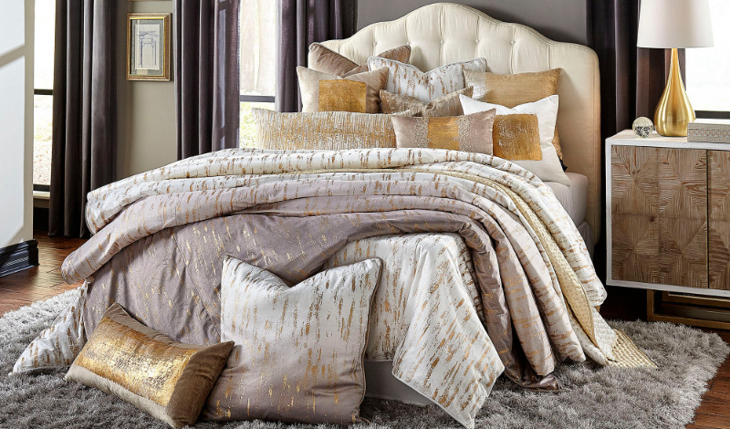 fashion and home accessories fashion and home accessories Stunning Fashion and Home Accessories for An Opulent Master Bedroom Stunning Fashion and Home Accessories for An Opulent Master Bedroom 1