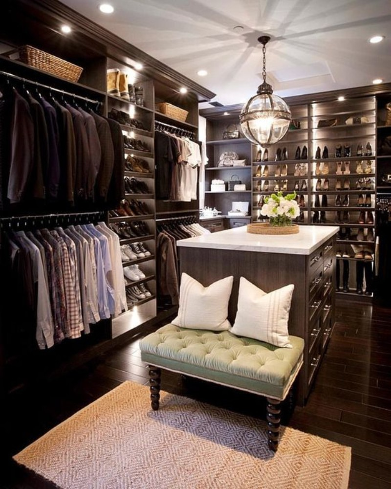 Walk-In Closet: The Must-Have In A Luxury Bedroom  Walk-In Closet Walk-In Closet: The Must-Have In Every Luxury Bedroom! Walk In Closet the must have in a luxury bedroom 4