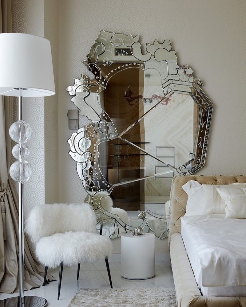 bedroom mirrors Bedroom Mirrors to Refresh Your Interior Design 51461929 2108545232586824 7058645419981457399 n
