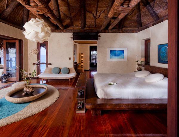 hotel suites Get inspired – 10 World's Most Luxurious Hotel Suites  Hilltop Villa Laucala Island Fiji 600x460