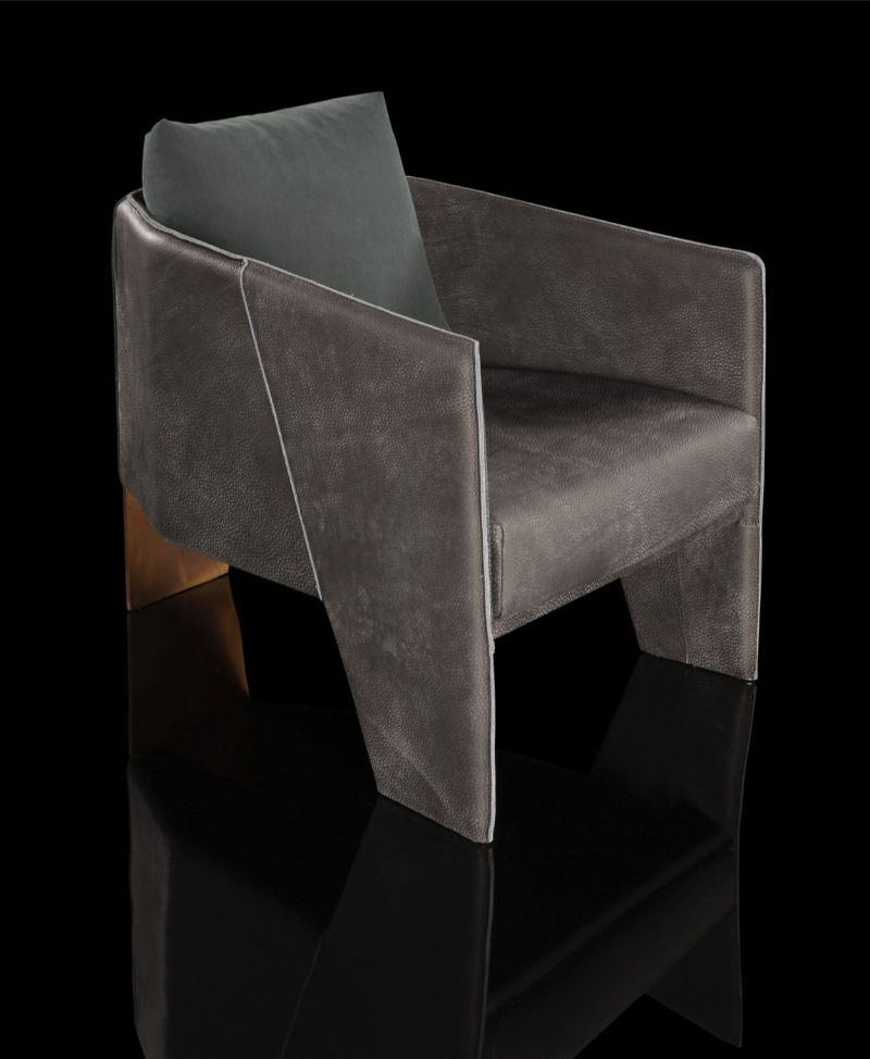 contemporary armchairs Contemporary Armchairs for Your Master Bedroom henge