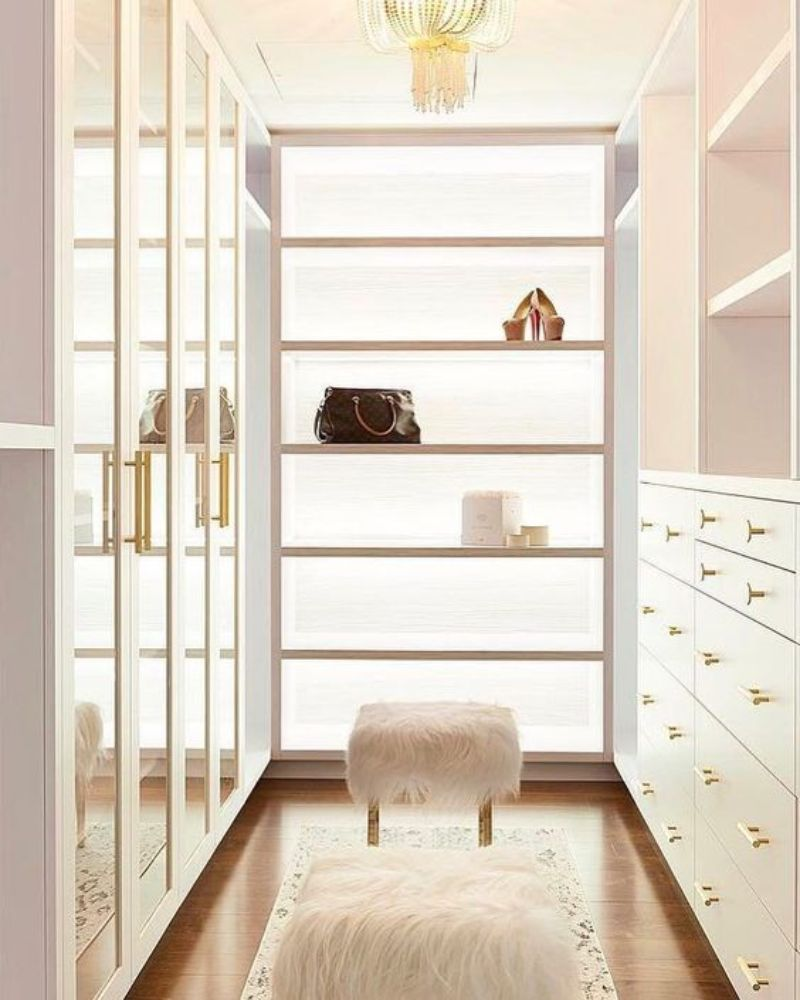 luxury closet Luxury Closet Ideas that Will Amaze You 3a76c9650cd5b61c86b87e246e663026