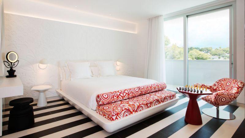 bedroom interior Bedroom Interior Designs by Marcel Wanders Iberostar Grand Portal Nous 13