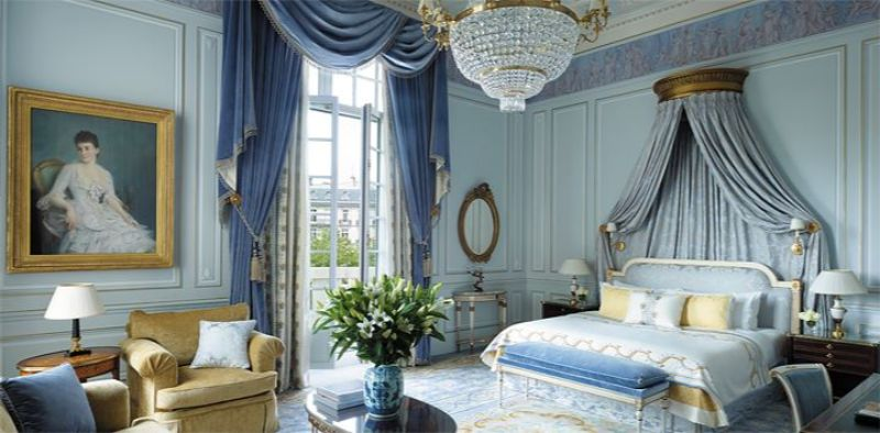 luxury hotel Best Luxury Hotel Suites in France SHANGRI LA HOTEL PARIS2