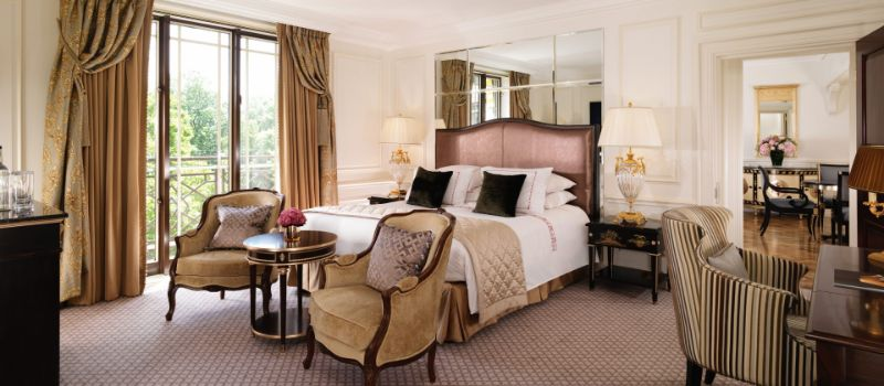 luxury hotel Top Luxury Hotel Suites in London dorchester
