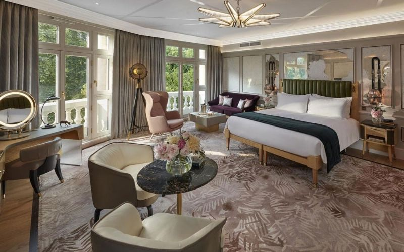 luxury hotel Top Luxury Hotel Suites in London mandarin2