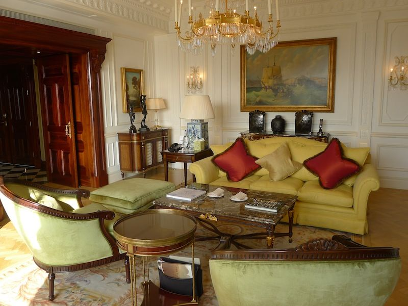 luxury hotel Top Luxury Hotel Suites in London savoy
