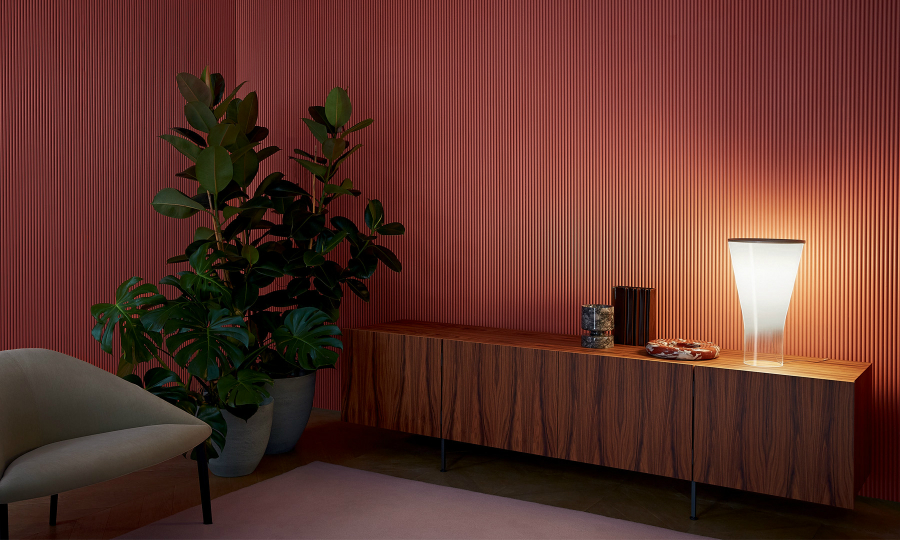 table lamps Elegant Table Lamps to Lighten Up Your Bedroom foscarini