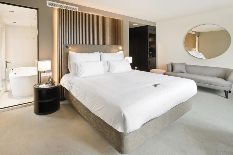 hotel suite Top Luxury Hotel Suite Designs in Amsterdam pestana