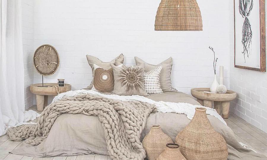 bedroom decor ideas Discover Top Bedroom Decor Ideas straw2