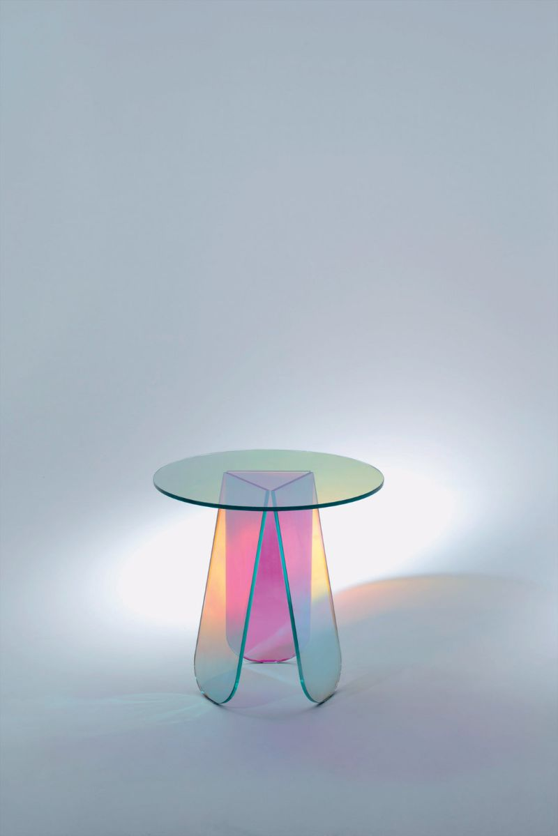 modern side table Modern Side Table Designs to Finalize Your Bedroom Interior cGlas Italia Shimmer1