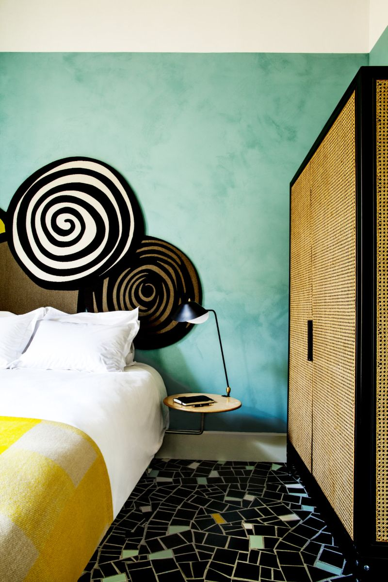 Get Inspired by India Mahdavi's Modern Bedrooms Design india mahdavi Get Inspired by India Mahdavi's Modern Bedrooms Design india mahdavi Hotel du Cloitre