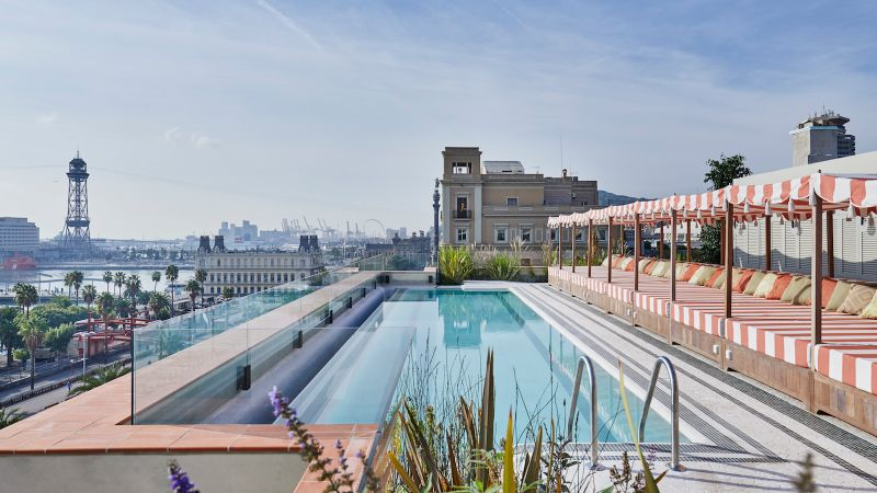 luxury hotel Luxury Hotel Rooms in Your Favorite Cities soho house barcelona