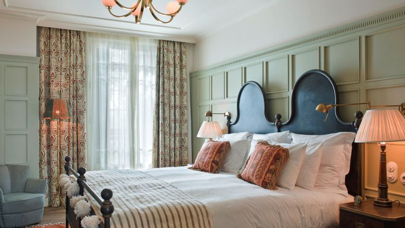 luxury hotel Luxury Hotel Rooms in Your Favorite Cities soho house barcelona2 1