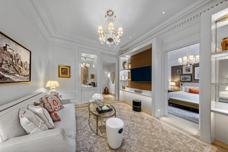 luxury hotel Luxury Hotel Rooms in Your Favorite Cities st regis rome
