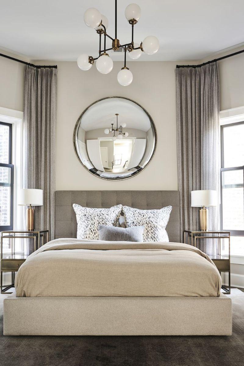10 Impressive Bedrooms With Luxury Chandeliers luxury chandeliers 10 Impressive Bedrooms With Luxury Chandeliers 10 Impressive Bedrooms With Luxury Chandeliers 5