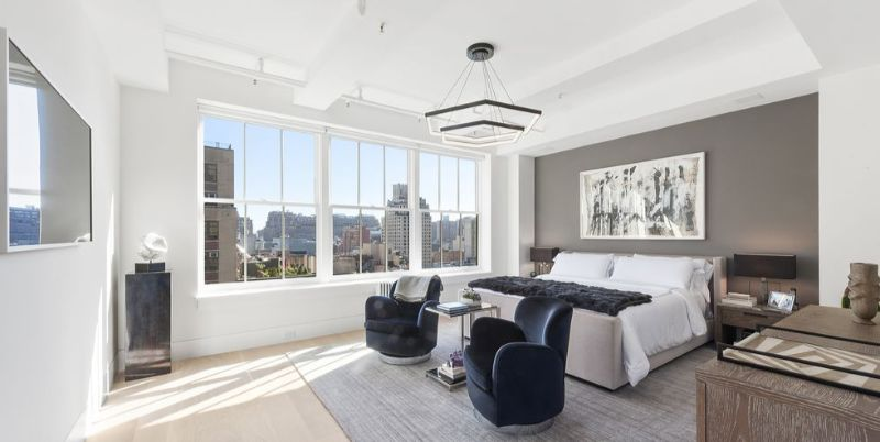 10 Impressive Bedrooms With Luxury Chandeliers luxury chandeliers 10 Impressive Bedrooms With Luxury Chandeliers 10 Impressive Bedrooms With Luxury Chandeliers 7