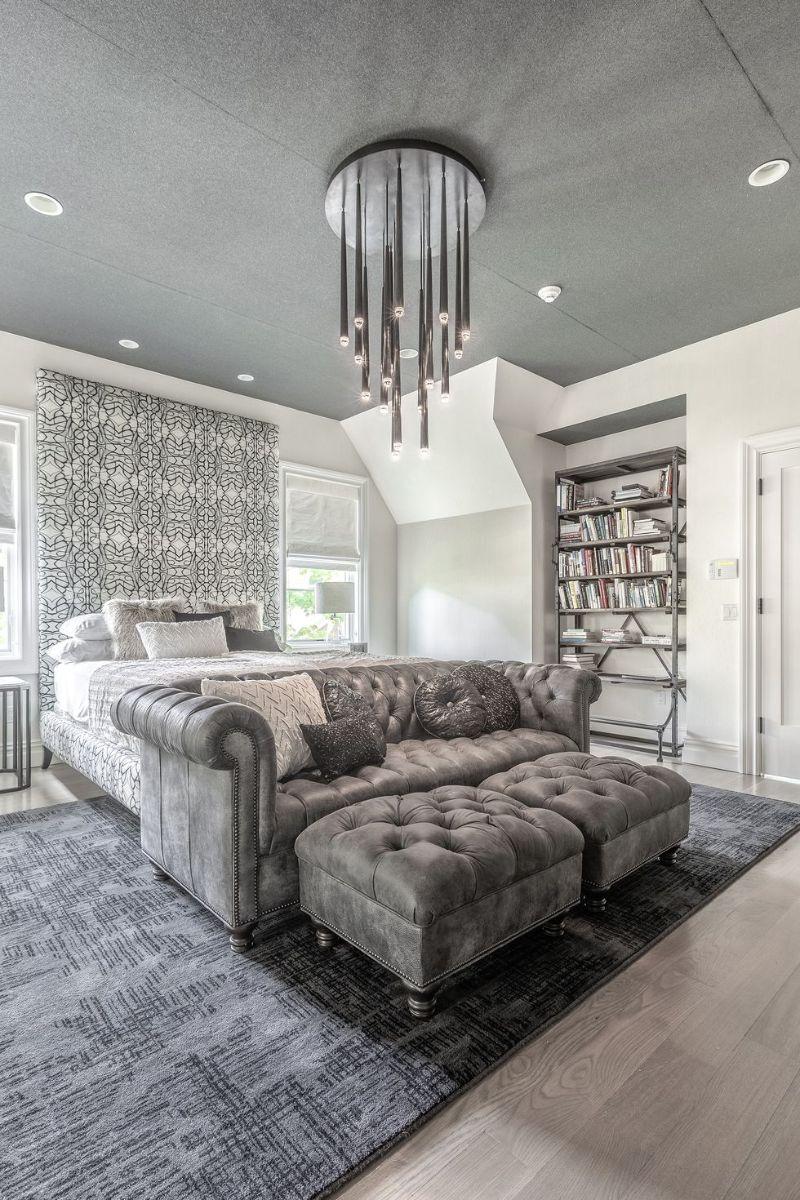 10 Impressive Bedrooms With Luxury Chandeliers luxury chandeliers 10 Impressive Bedrooms With Luxury Chandeliers 10 Impressive Bedrooms With Luxury Chandeliers 8