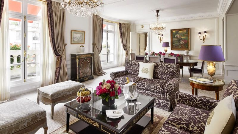 Et voilá: Discover 6 Unique And Luxury Suites in Paris luxury suites Et voilá: Discover 5 Unique And Luxury Suites in Paris Get Amazed By These Unique And Luxury Suites in Paris 6