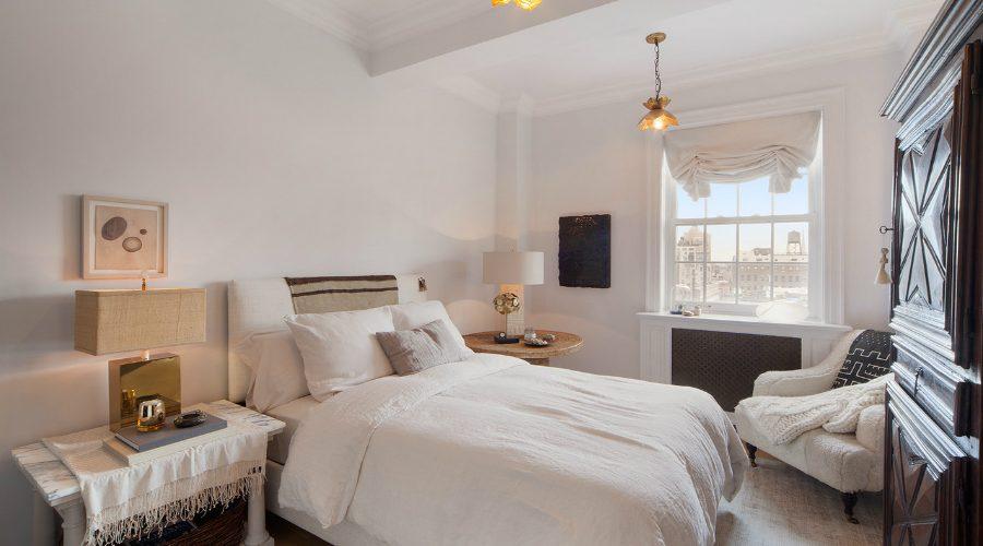 nate berkus Remarkable Bedroom Interior Designs By Nate Berkus featured 4 900x500 master bedroom ideas Master Bedroom Ideas featured 4 900x500