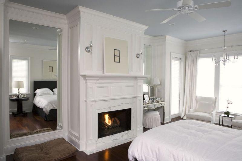 10 Contemporary Bedroom Designs With Floor Mirrors contemporary bedroom 10 Contemporary Bedroom Designs With Floor Mirrors 4