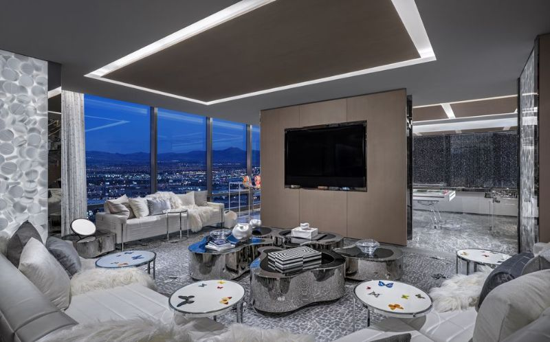 The World's Most Expensive Hotel Suite In Las Vegas by Damien Hirst the world's most expensive hotel suite The World's Most Expensive Hotel Suite In Las Vegas by Damien Hirst The World   s Most Expensive Hotel Suite In Las Vegas by Damien Hirst 10