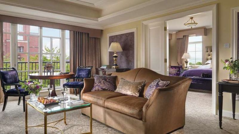 Inside Mariah Carey's Luxury Hotel Suite With Architectural Digest luxury hotel Inside Mariah Carey's Luxury Hotel Suite With Architectural Digest Inside Mariah Careys Luxury Hotel Suite With Architectural Digest 4