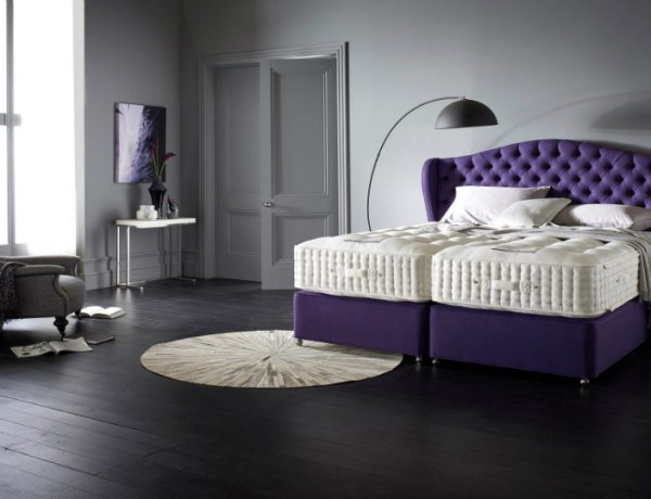modern bedroom 10 Marvelous And Luxury Beds For A Modern Bedroom featured 8 600x460