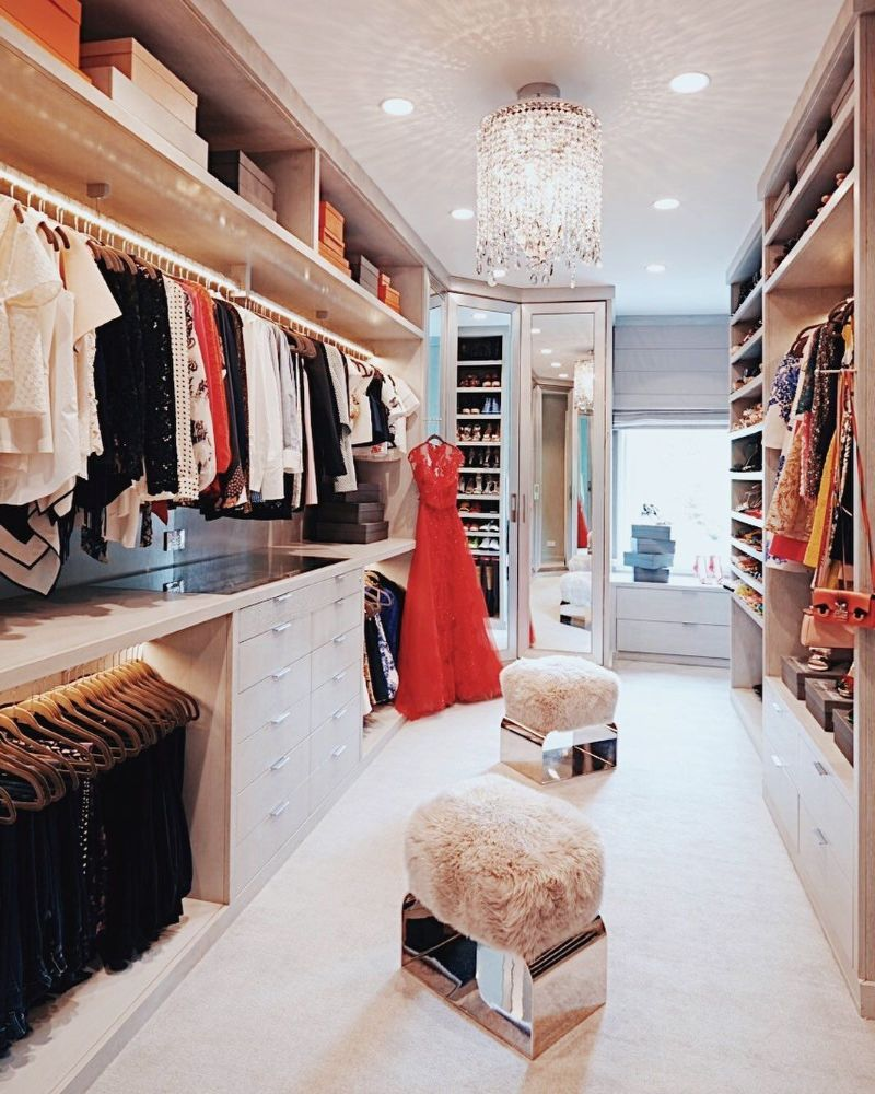 Lisa Adams Exposes Her Décor Secrets To Design A Celebrity Closet celebrity closet Lisa Adams Exposes Her Décor Secrets To Design A Celebrity Closet Lisa Adams Exposes Her D  cor Secrets To Design A Celebrity Closet 7