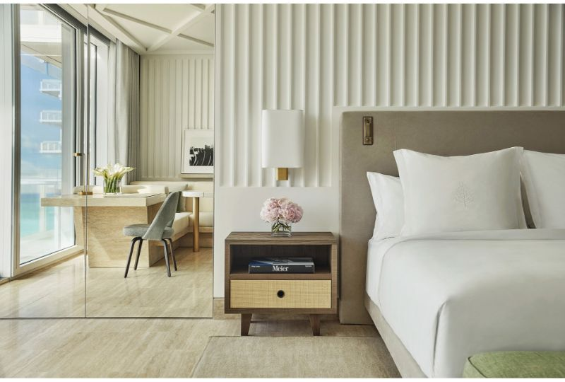 When White Means Modernity: Bedroom Design Projects By Joseph Dirand joseph dirand When White Means Modernity: Bedroom Design Projects By Joseph Dirand MFL 084