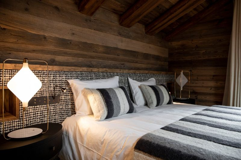 Contemporary Bedrooms Inside French Alps Luxury Hotels contemporary bedrooms Contemporary Bedrooms Inside French Alps Luxury Hotels Armancette 2