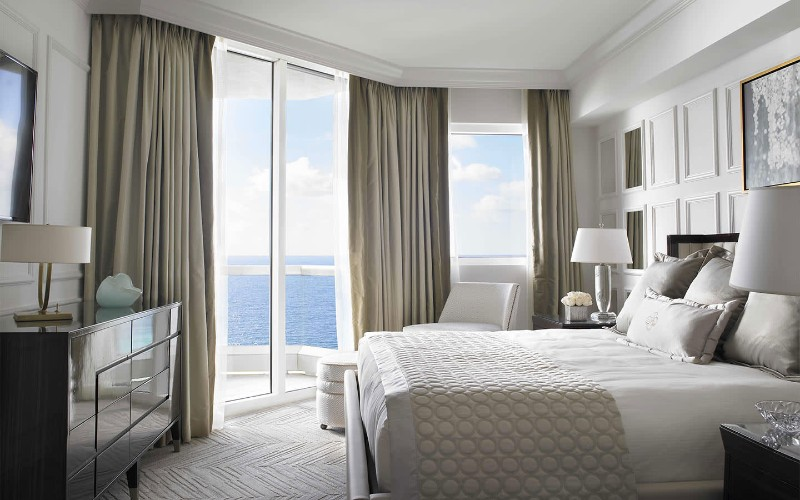 Where To Stay in Miami: The Best Luxury Hotel's Modern Bedrooms modern bedrooms Where To Stay in Miami: The Best Luxury Hotel's Modern Bedrooms Deluxe Two Bedroom Oceanfront Hotel Suites in Acqualina Resort Spa