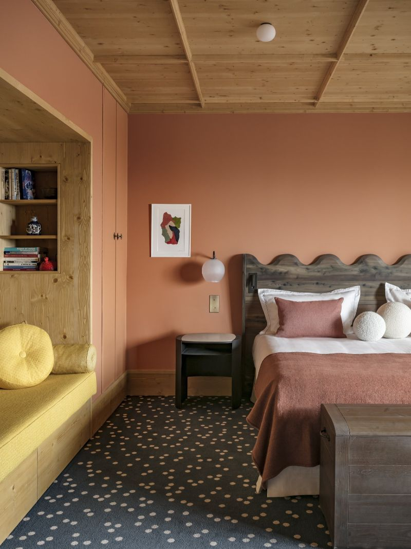 Contemporary Bedrooms Inside French Alps Luxury Hotels contemporary bedrooms Contemporary Bedrooms Inside French Alps Luxury Hotels Hotel Le CouCou 2
