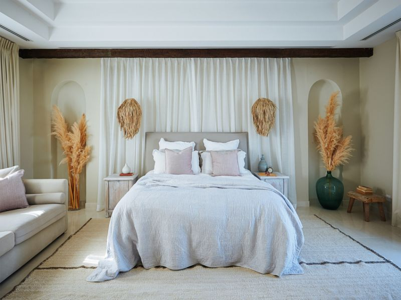 Fall In Love With These Luxury Bedrooms From Across The Middle East luxury bedrooms Fall In Love With These Luxury Bedrooms From Across The Middle East 3 1