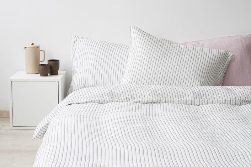 Maison et Objet 2020: Take A Look At The Bedroom Design Trends maison et objet 2020 Maison et Objet 2020: Take A Look At The Bedroom Design Trends top grey stripe linen bedding set linentales