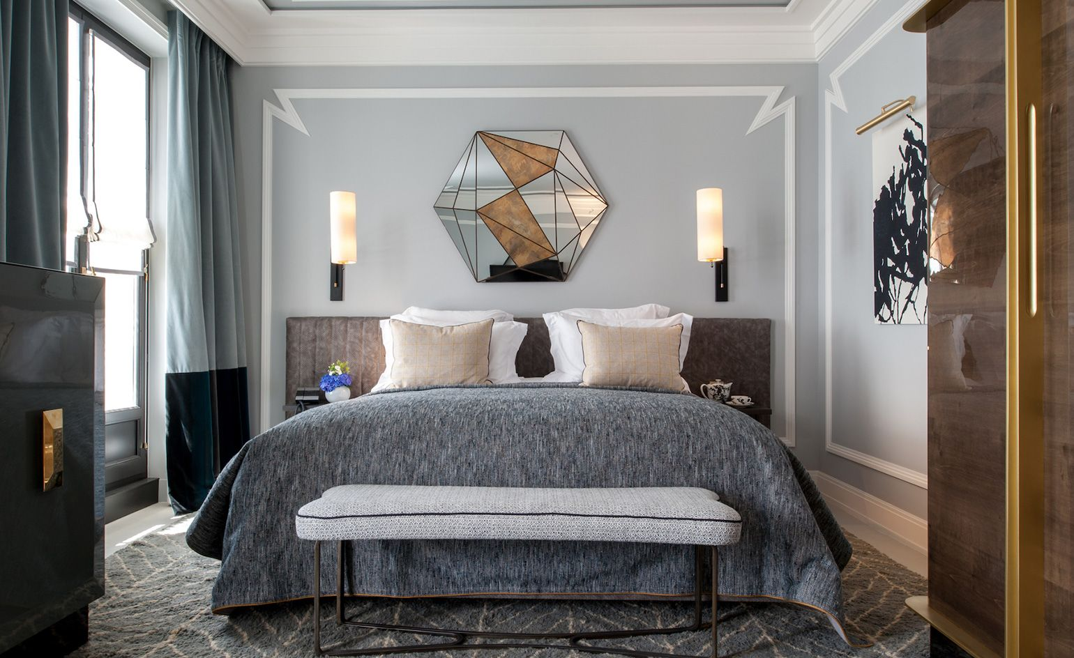 10 Shades Of Gray: Versatile, Neutral And Serene Bedroom Designs bedroom designs 10 Shades Of Gray: Versatile, Neutral And Serene Bedroom Designs Gray Is The New Black Versatile Neutral And Serene Bedroom Designs jean louis