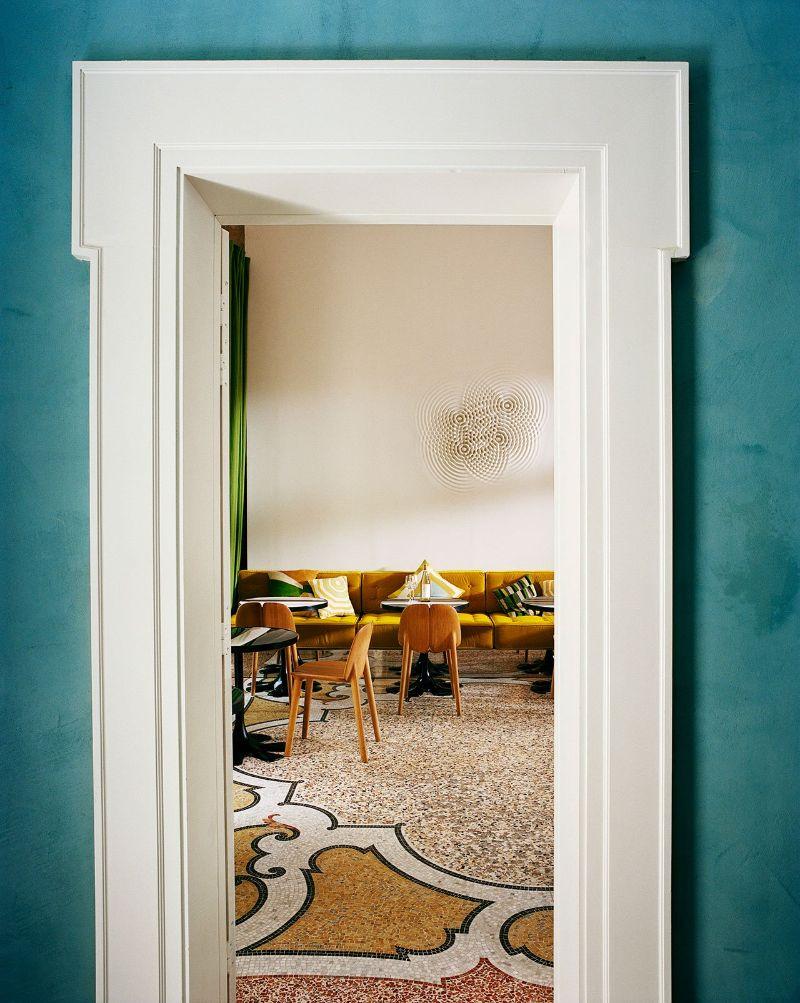 Le Cloître Hotel In Arles: A Picturesque Interior Design By India Mahdavi india mahdavi Le Cloître Hotel In Arles: A Picturesque Design By India Mahdavi Le Clo  tre Hotel In Arles A Picturesque Interior Design By India Mahdavi 5