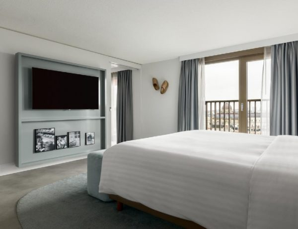 piet boon A Contemporary Atmosphere Inside This Hotel Design By Piet Boon A Contemporary Atmosphere Inside This Hotel Design By Piet Boon 10 1 600x460 master bedroom ideas Master Bedroom Ideas A Contemporary Atmosphere Inside This Hotel Design By Piet Boon 10 1 600x460