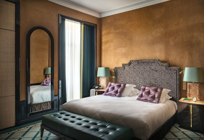 Discover Inspiring Bedroom Interiors By Top Design Studios design studios Discover Inspiring Bedroom Interiors By Top Design Studios Monumental Palace Hotel 27 800x550 1