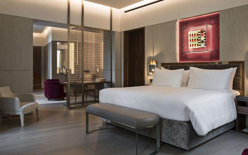The Fendi Private Suites: Modern And Elegant Master Bedrooms In Rome fendi The Fendi Private Suites: Modern And Elegant Master Bedrooms In Rome PALAZZO SUITE 3 1