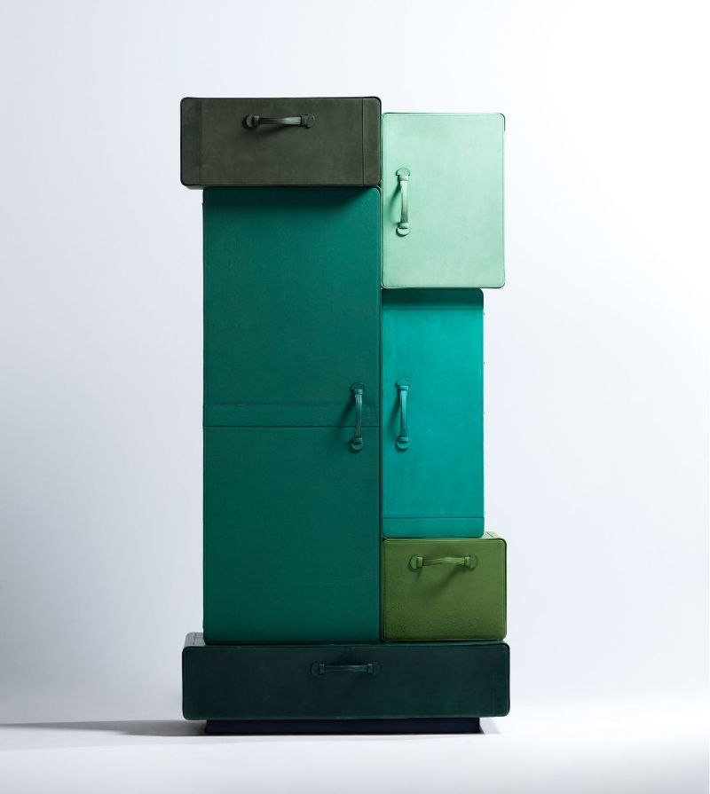 Iconic Bedroom Furniture Pieces By Maarten De Ceulaer maarten de ceulaer Iconic Bedroom Furniture Pieces By Maarten De Ceulaer PILE OF SUITCASES 2