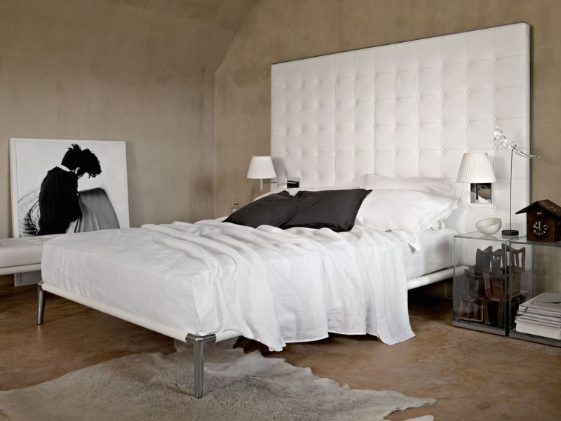 Symbols Of Comfortable Elegance: Modern Beds By Cassina cassina Symbols Of Comfortable Elegance: Modern Beds By Cassina L26L27 VOLAGE 5