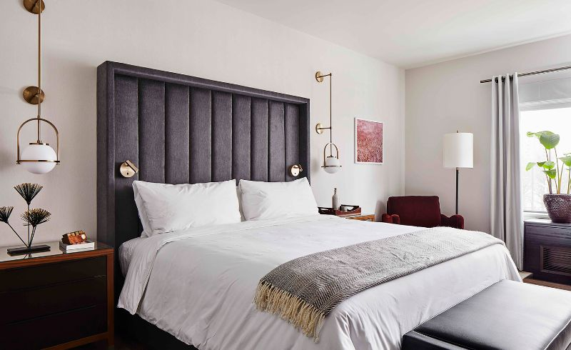 Warm Colors And Patterns: Bedroom Interiors By Alexander Waterworth alexander waterworth Warm Colors And Patterns: Bedroom Interiors By Alexander Waterworth 5