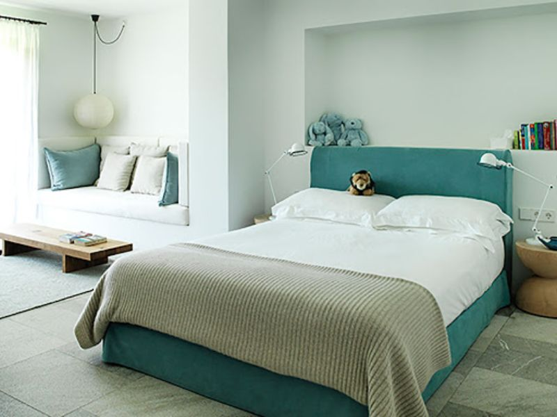 A Feeling Of Sensibilty Inside These Modern Bedrooms By Studio Ilse studio ilse A Feeling Of Sensibility Inside These Modern Bedrooms By Studio Ilse A Feeling Of Sensibilty Inside These Modern Bedrooms By Studio Ilse 8