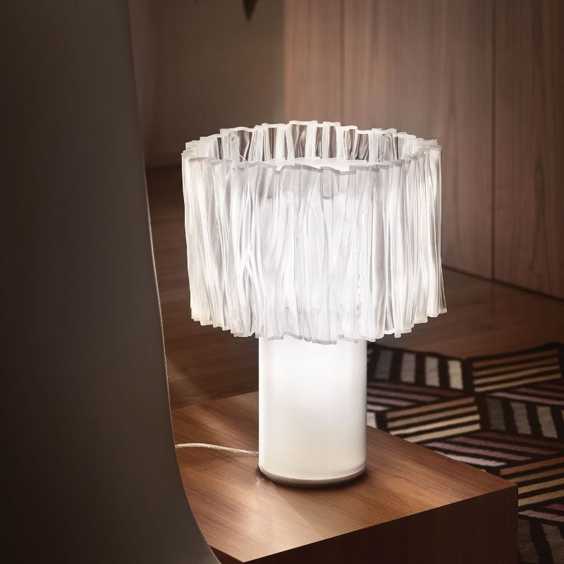 10 Modern Table Lamps By Slamp: A Glam Touch Inside Your Bedroom slamp 10 Modern Table Lamps By Slamp: A Glam Touch Inside Your Bedroom ACCORD  ON TABLE lamp