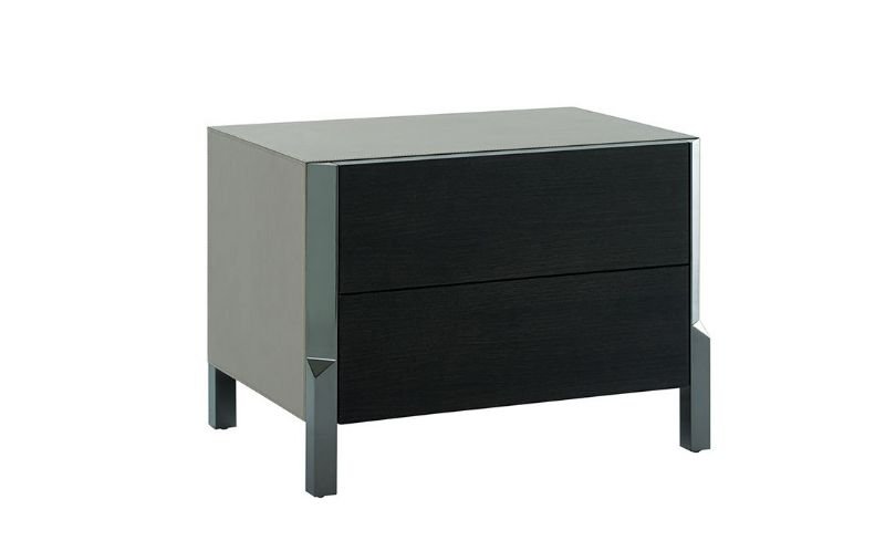 Pure Elegance Concepts: Modern Bedroom Furniture By Trussardi Casa trussardi casa Pure Elegance Concepts: Modern Bedroom Furniture By Trussardi Casa BAND BEDSIDE TABLE