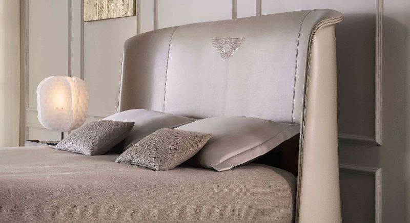 Unique Bentley Home's Furniture Pieces For Your Luxury Bedroom Décor bentley home Unique Bentley Home's Furniture Pieces For Your Luxury Bedroom Décor CANTERBURY BED
